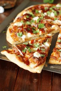 sweet-and-spicy-smokehouse-pulled-pork-bbq-pizza-slice-2
